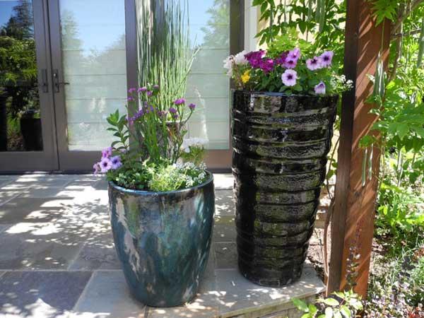 Appealing glazed ceramic pottery